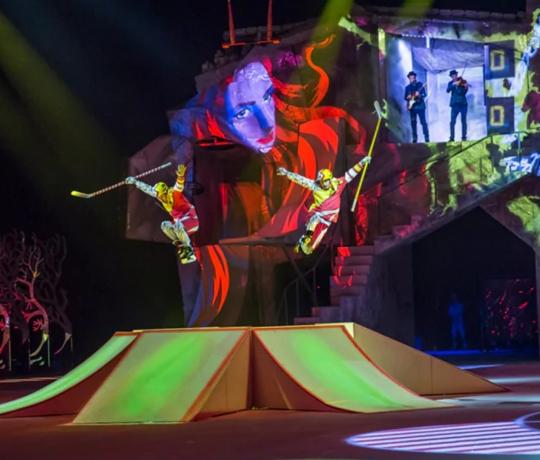 Cirque du Soliel, gigante do setor cultural, passa por dificuldades causadas pela pandemia do novo coronavírus
