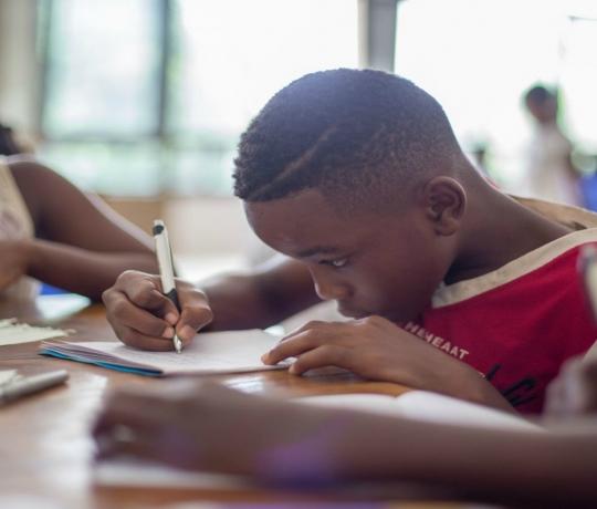 Edital para apoiar pesquisas de equidade racial na Educação Básica abre inscrições